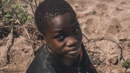 children-from angola