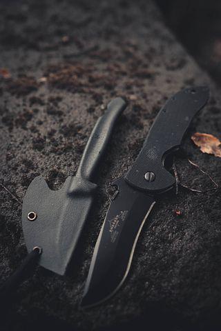 knives-