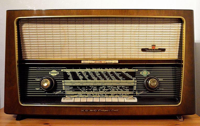 radio-