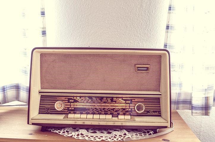 tube-radio-